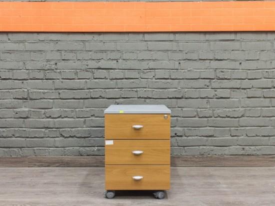 Тумба подкатная в офис, LAS Офисная мебель бу.