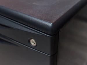 Офисная мебель бу Тумба металлическая Frezza
