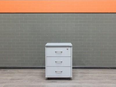 Тумба подкатная в офис, офисная мебель бу