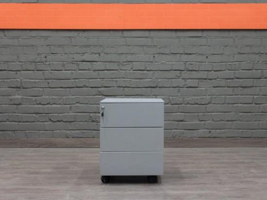 Тумба офисная металлическая, Walter Knoll Офисная мебель бу.