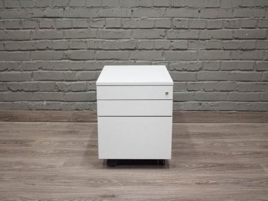 Подкатная тумбочка в офис, белая