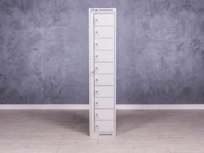 Шкаф металлический с ячейками