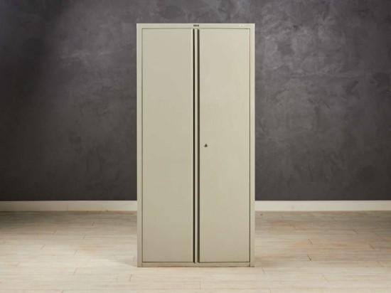 Шкаф металлический Практик