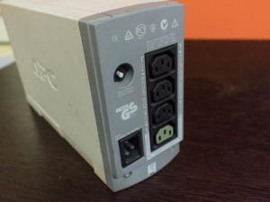 Источник бесперебойного питания APC Back-Up CS 500VA