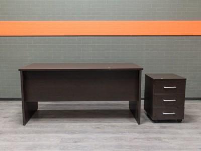 Новый стол компьютерный с тумбой, венге