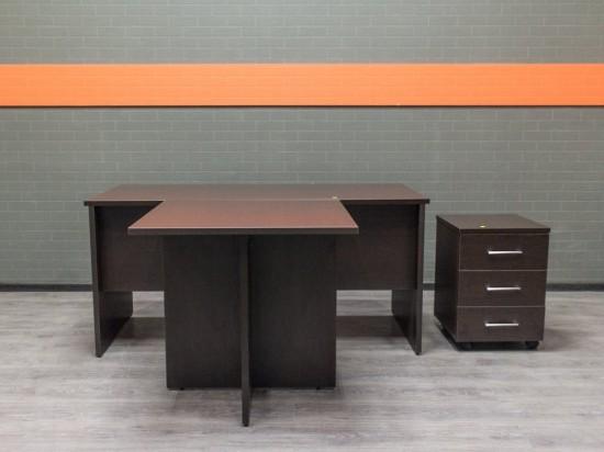 Новый стол руководителя с тумбой, венге