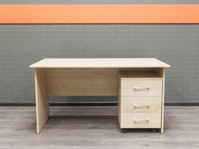 Стол офисный новый с тумбочкой Style, клен