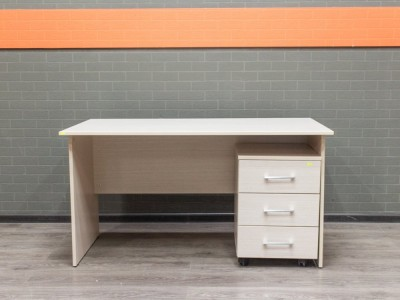 Стол офисный новый с тумбочкой Style, дуб