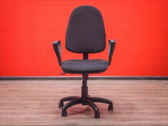 Кресло офисное новое Престиж, черное