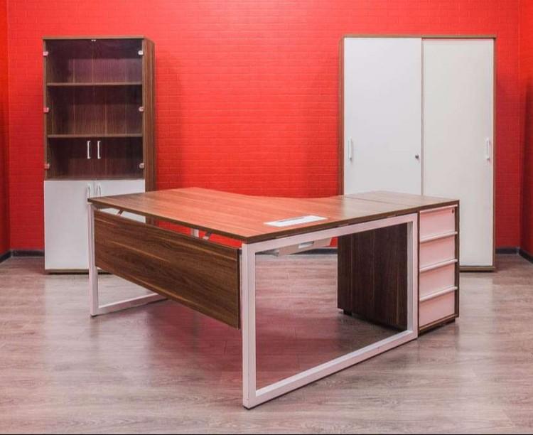 Мебель офисная комплект Narbutas орех/белый