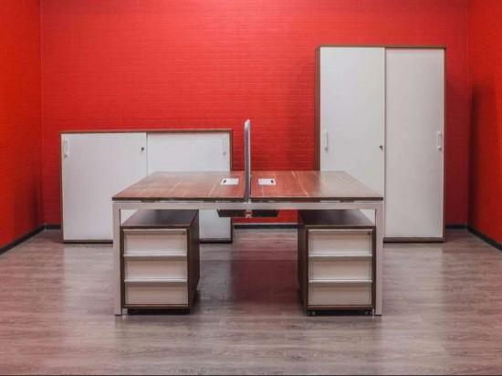 Мебель офисная бенч-система Narbutas орех/белый