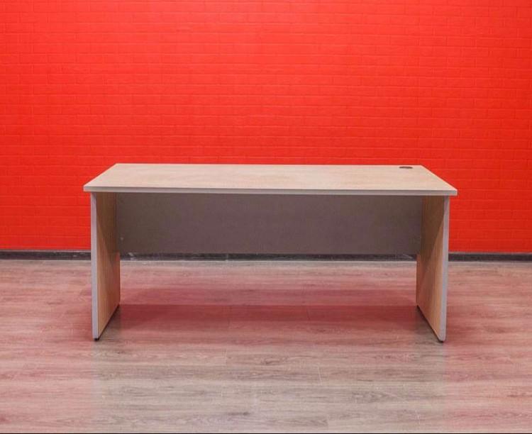 Стол офисный прямой Дуб/серый