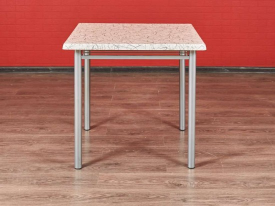 Стол кухонный квадратный