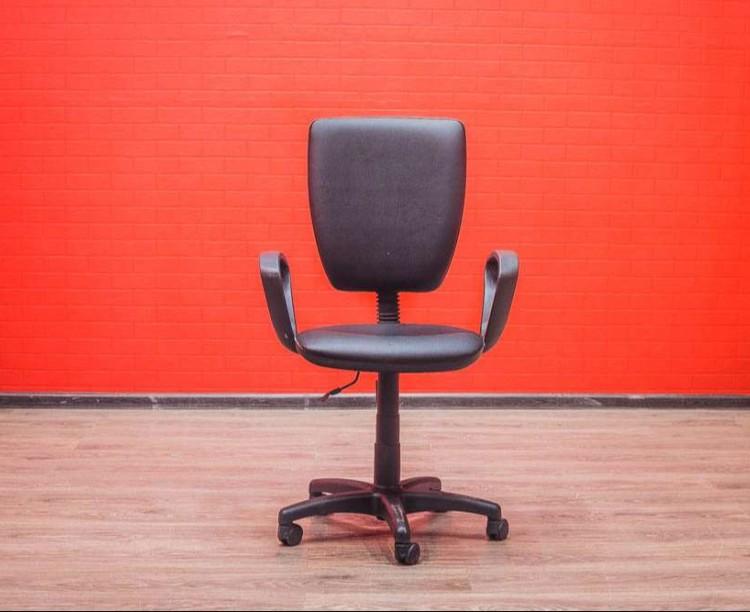 Кресло офисное престиж плюс чёрное