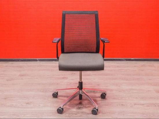 Кресло офисное steelcase серый/чёрный