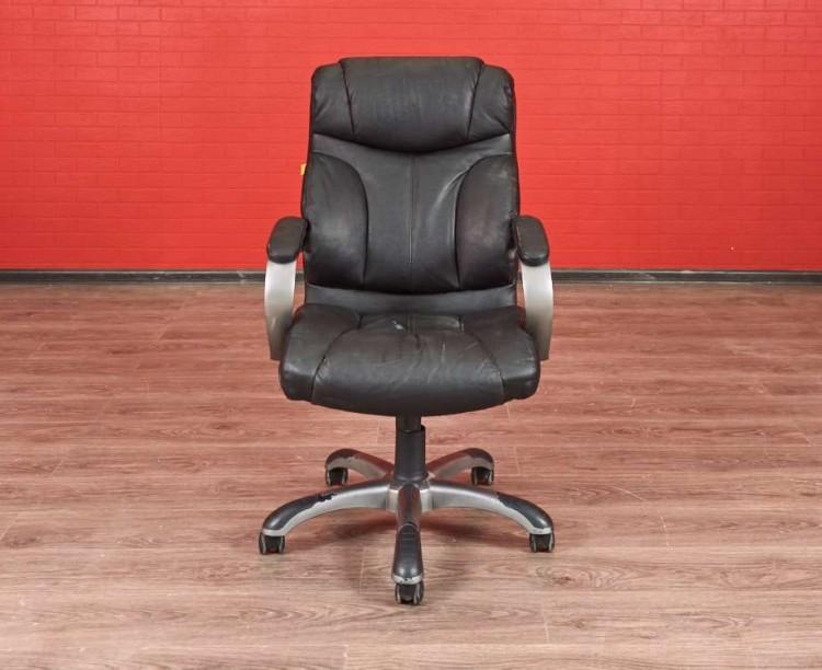 Кресло офисное кожзам